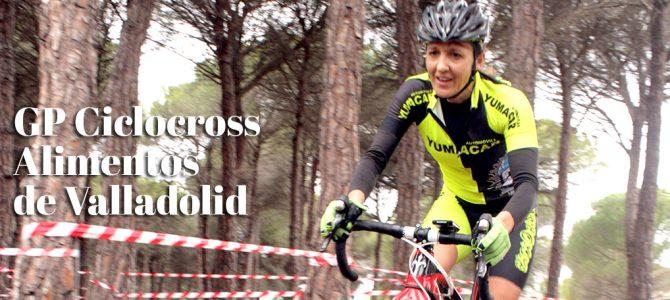 Los ciclistas surcan el mar de arena del GP Ciclocross de Peñafiel